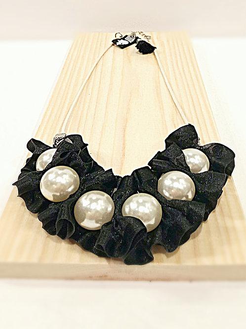 Mystery black organza faux big pearl necklace