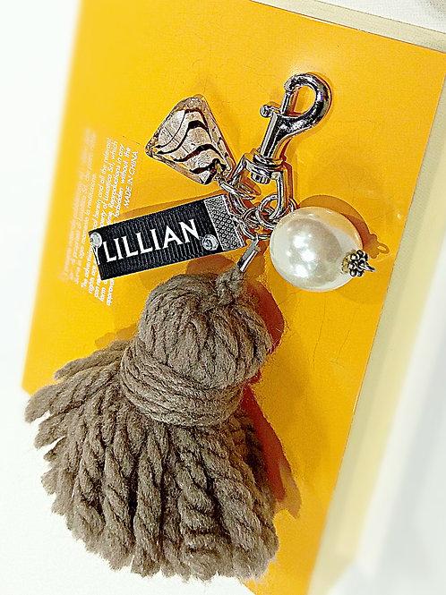 Cinnamon yarn faux pearl glass metal key chain