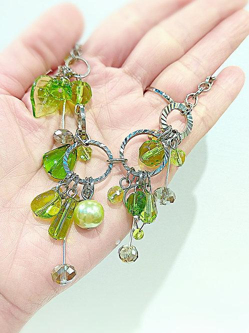 Boho green crystal beaded necklace