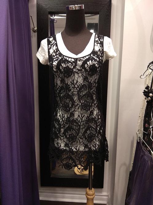Embroidery black vest top