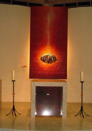 Sacrário e Estandarte (vista altar)