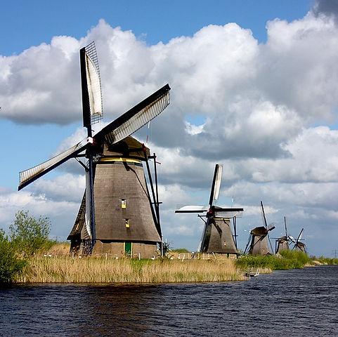 KinderdijkWindmills.jpg