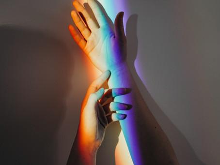 Le toucher, un porteur de message