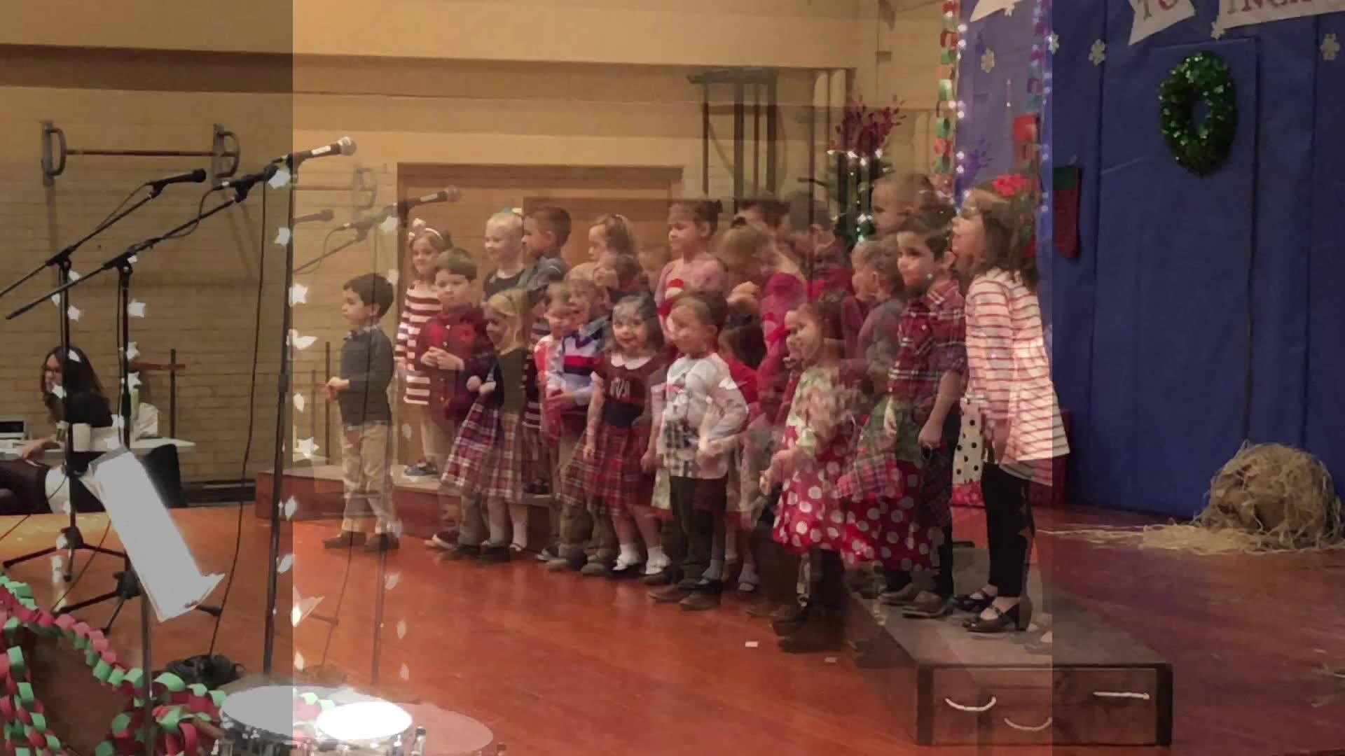 Vivian's Christmas Program 🎄😍. (:35 though 😂 #OnlyViv)