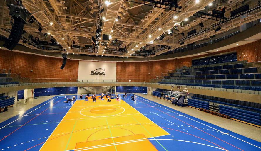 ARQUIBANCADA RETRATIL SESC JUNDIAI-10.jp
