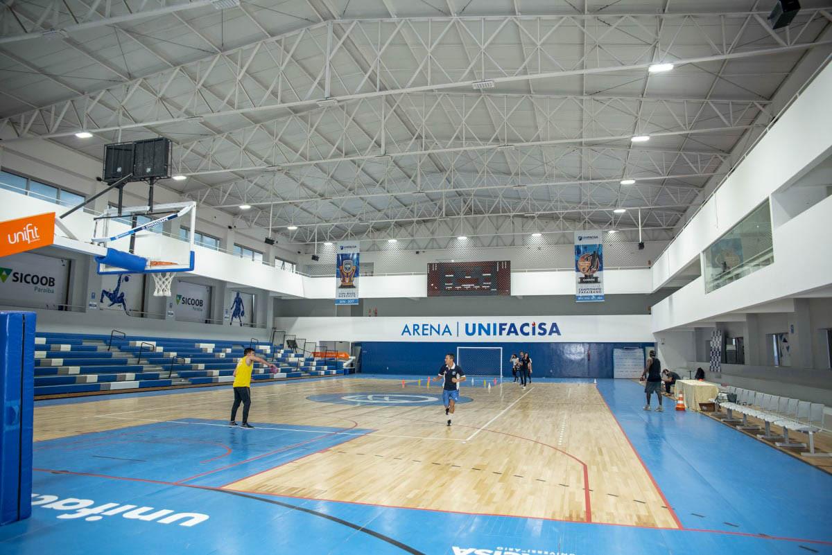 ARQUIBANCADA RETRATIL UNIFACISA-11.jpg