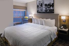 Hampton Inn SF King Bedroom