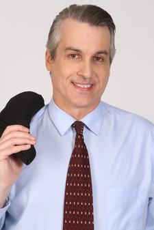 MARTIN R. MLODOZENIEC