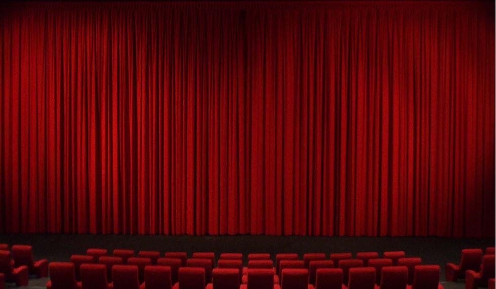 red curtains2b.jpg
