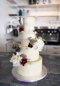 Semi naked bryllupskage Baking Sins by L