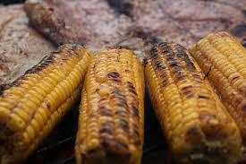 Mamón, trinitaria y maíz asado