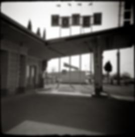 GOOGIE STYLE MOTEL BUILDING - B+W photo of the Famoso Motel by fine art photographer Scott Lockwood.