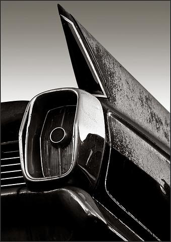b+w tri-tone photograph of 1962 cadillac tail fin by bay area fine art photographer scott lockwood.