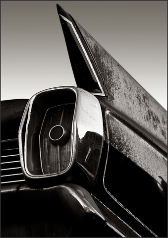 b+w tri-tone photograph of 1962 cadillac tail fin by bay area fine art photographer scott lockwood.