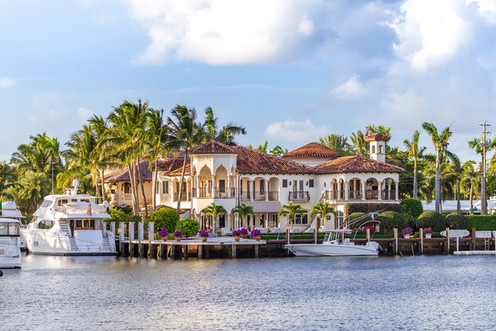 Sunset-at-Fort-Lauderdale-Marina.-Luxury