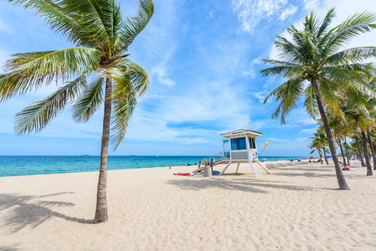 Paradise-beach-at-Fort-Lauderdale-in-Flo