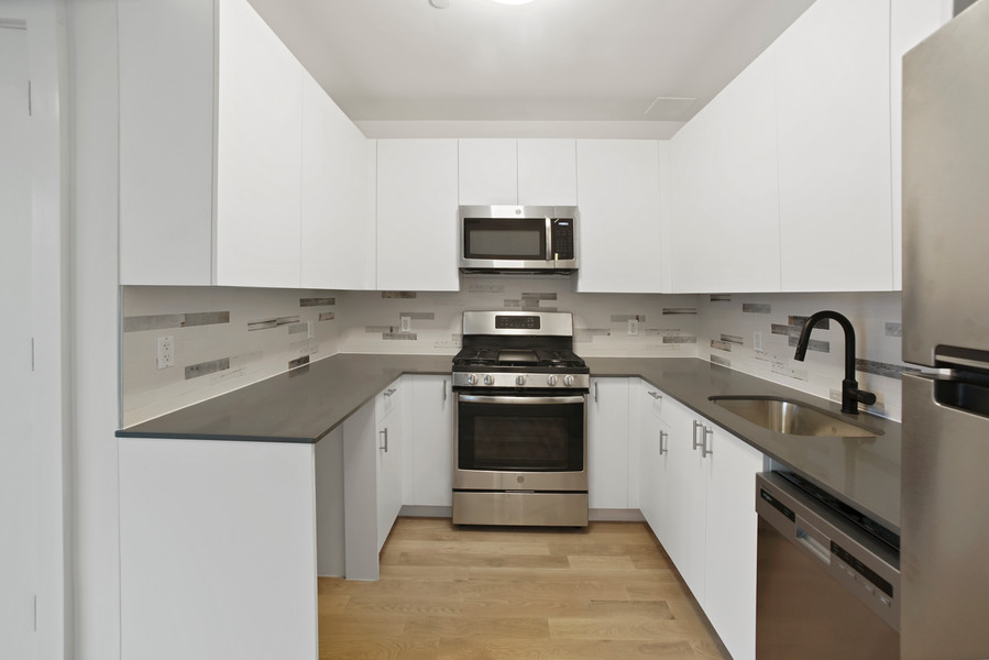 Kitchen 2F.jpg