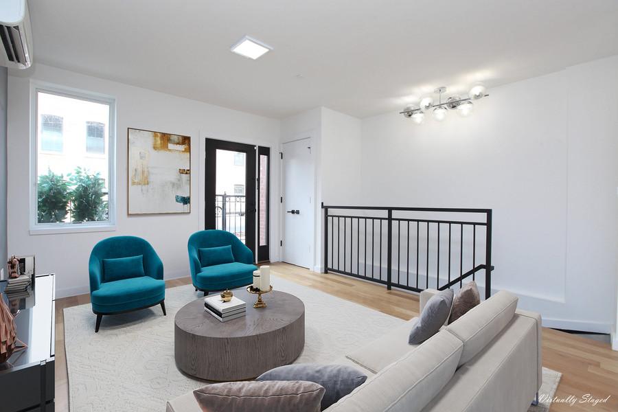 Living Room 1F.jpg