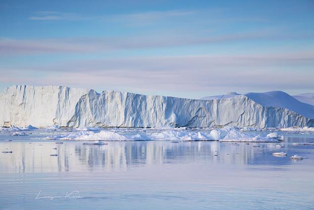 Eisberg im Spiegelbild