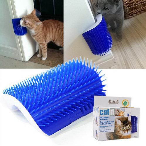 Auto-toiletteur avec herbe à chat CatIt