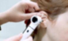 Examen des oreilles
