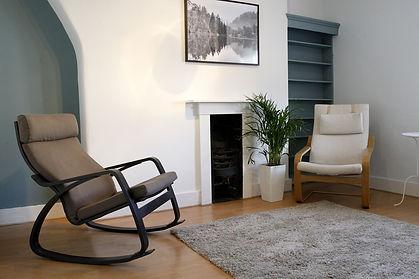 39-aComfortable-in-room-seating-3.jpg