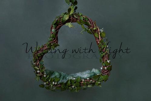 Hanging Green heart nest