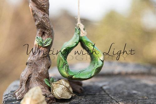 Light green leaf swing