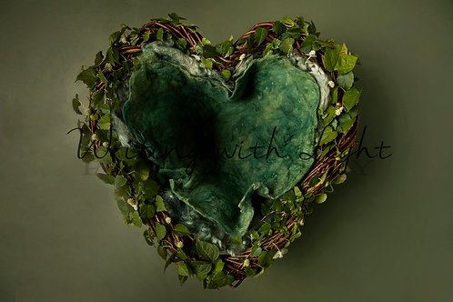 Green heart nest