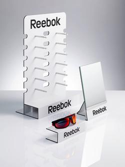 Reebok 12er display, Spiegel