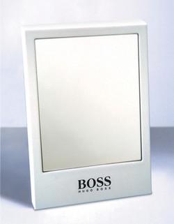 Hugo Boss Spiegel.jpg