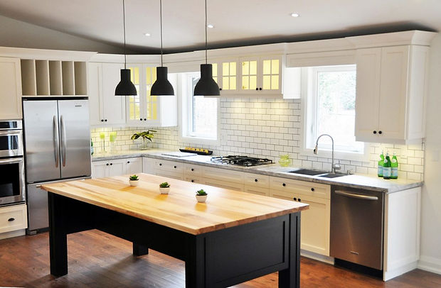 Private residence kitchen renovation in Mississauga