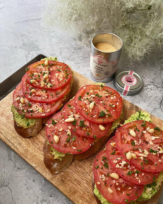 グレープフルーツパウダー トマトとアボガドサンド2.jpg