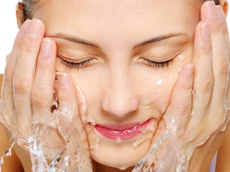 COM ALLARGAR ELS EFECTES DEL BRONZEJAT? Hidratació de la Pell