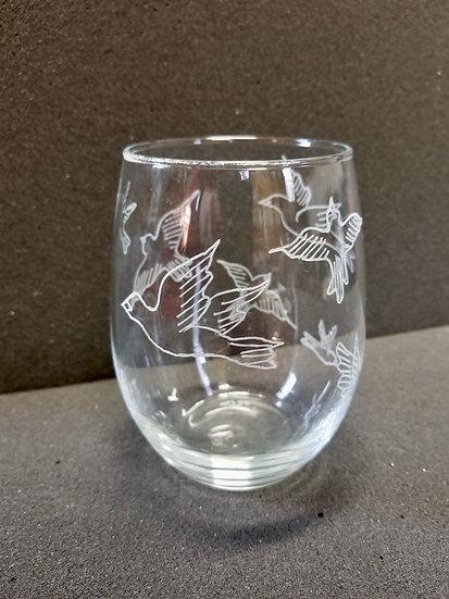 Birds in Flight Wine Glass