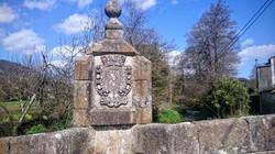 Escudo Puente de San Lazaro