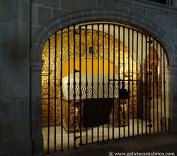 Sepulcro de San Salvador, Lourenza.