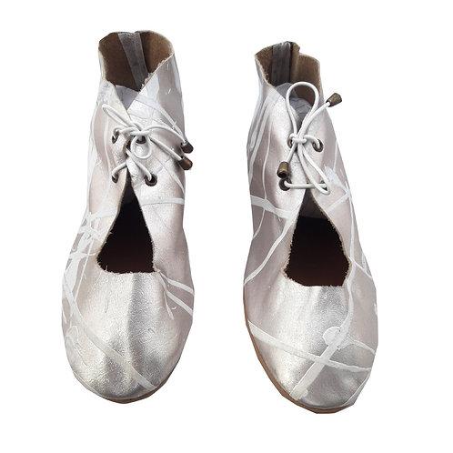 Sapato Nora Ouro Branco Pintado a Mão MM23