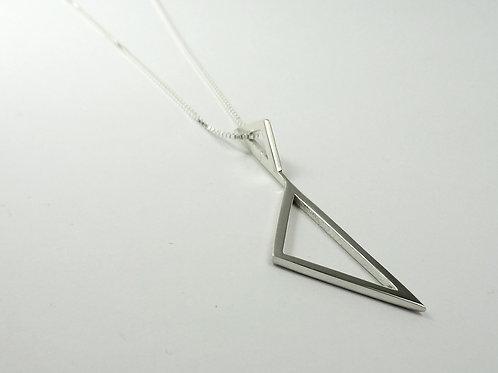 Colar Triângulos  MM25
