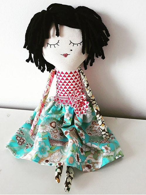 Boneca de Pano Julia  MM77