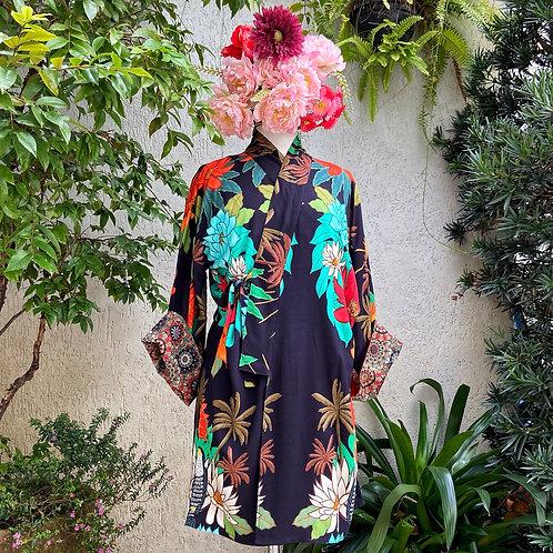 Kimono Tokyo médio Tucano fundo preto MM40