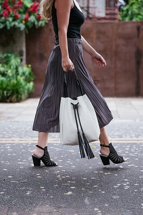 Bolsa   Everyday Bag off white com preto MM10