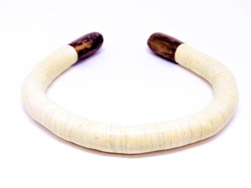 Colar Africa grosso Marfim MM09
