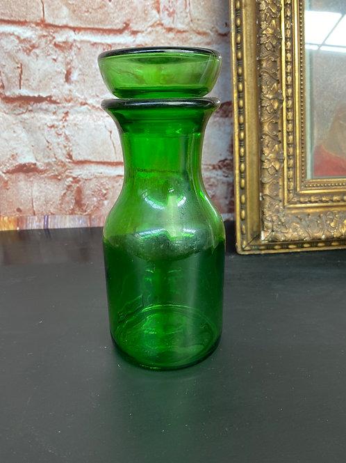 Pot en verre vert