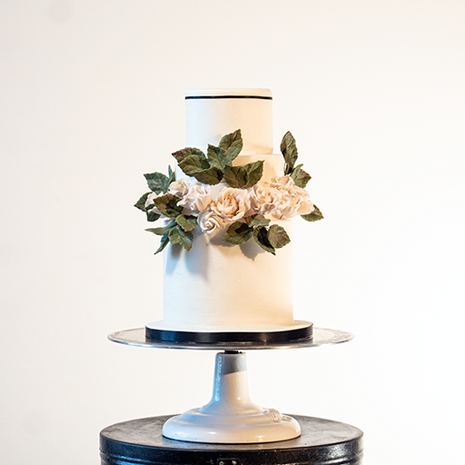 Candy and grim wedding cakes comtempoary