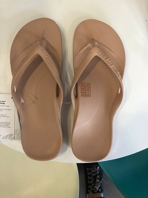 Archies - Arch Support Thongs Tan