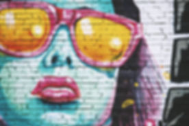 Graffiti der Frau mit Brille