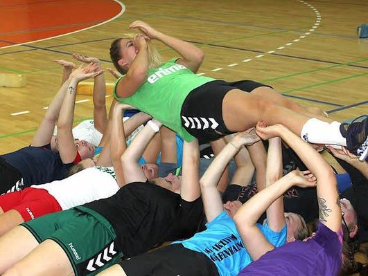 Handball Damen von BSG Aktivist sind heiß auf Titel