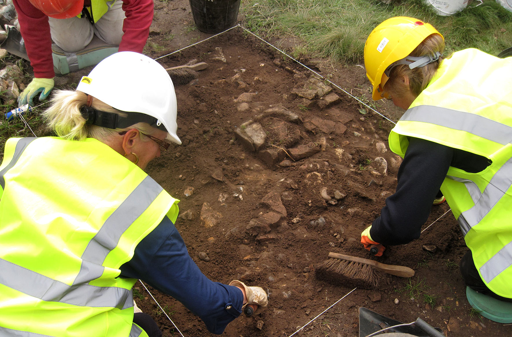 Hopton Church Community Dig