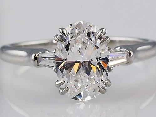 Verlobungsring aus 18 Karat Gold, besetzt mit einem Diamanten im Ovalschliff